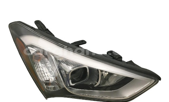 Medium with watermark hyundai santafe headlight 2014 headlight 1