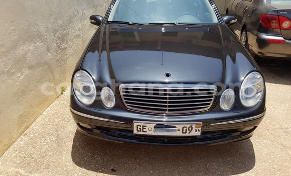 Buy Used Mercedes Benz E–Class Black Car in Accra in Greater Accra