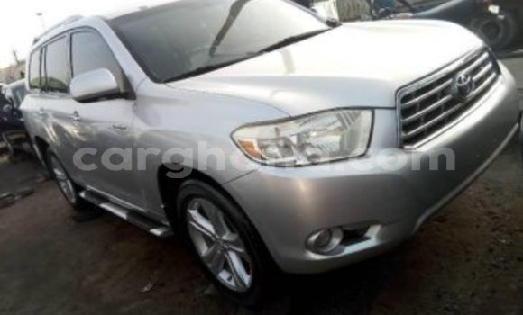 Buy Used Toyota Highlander Silver Car in Tema in Greater Accra