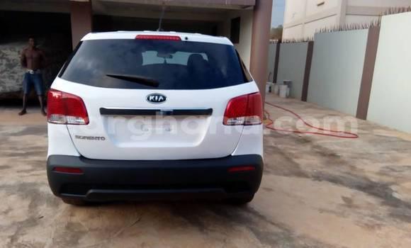 Buy Used Kia Sorento White Car in Kumasi in Ashanti