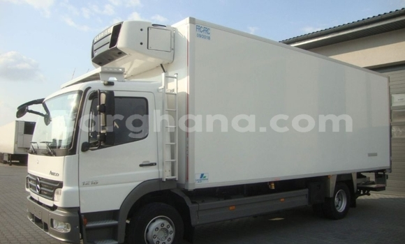 Buy Used Mercedes‒Benz Atego White Truck in Accra in Greater Accra