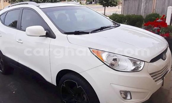 Buy Used Hyundai Tucson White Car in Accra in Greater Accra