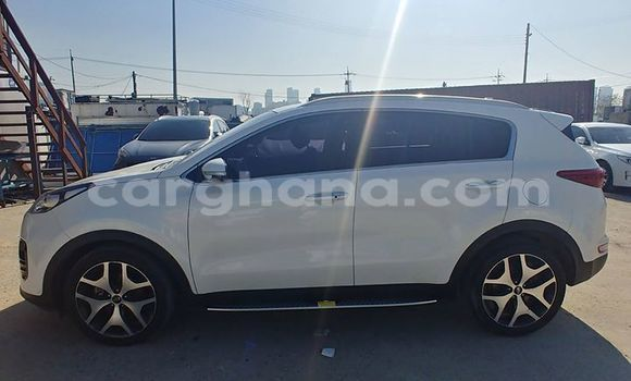 Buy Imported Kia Sportage White Car in Accra in Greater Accra