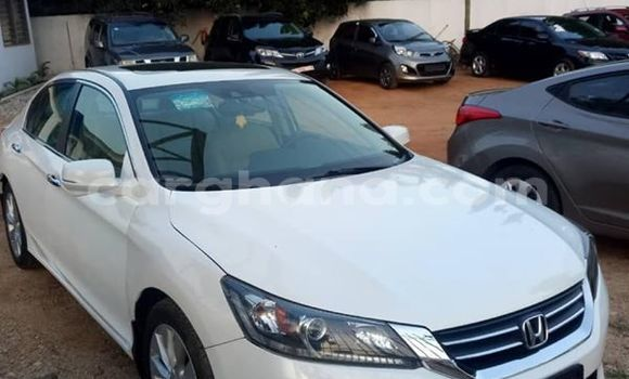 Buy Used Honda Accord White Car in Accra in Greater Accra