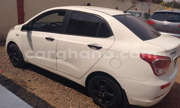 Buy Used Hyundai i10 White Car in Accra in Greater Accra