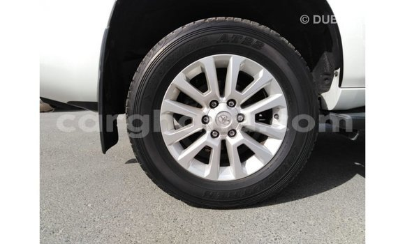Buy Import Toyota Prado White Car in Import - Dubai in Ashanti