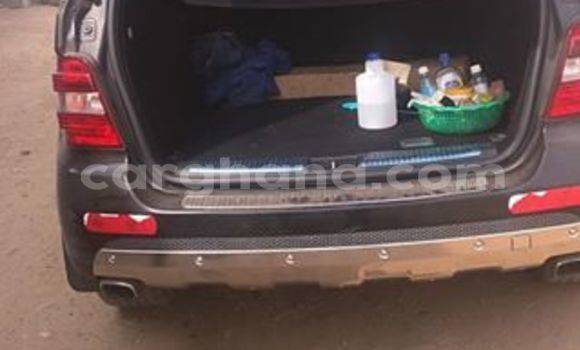 Buy Used Mercedes Benz ML–Class Black Car in Accra in Greater Accra