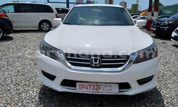 Buy Used Honda Accord White Car in Koforidua in Eastern