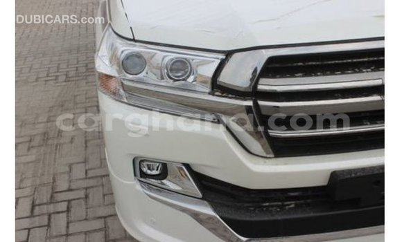 Buy Import Toyota Land Cruiser White Car in Import - Dubai in Ashanti