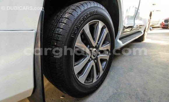 Buy Import Toyota Land Cruiser White Car in Import - Dubai in Ashanti