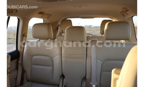 Buy Import Toyota IST White Car in Import - Dubai in Ashanti