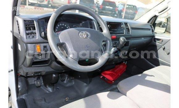 Buy Import Toyota Hiace White Car in Import - Dubai in Ashanti