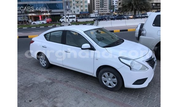Buy Used Nissan Sunny White Car in Accra in Greater Accra