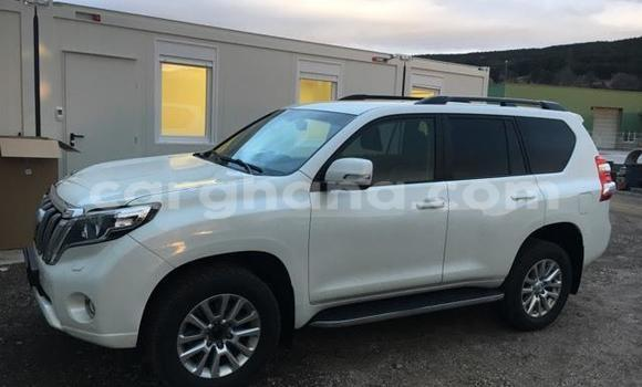 Buy Used Toyota Land Cruiser Prado White Car in Accra in Greater Accra