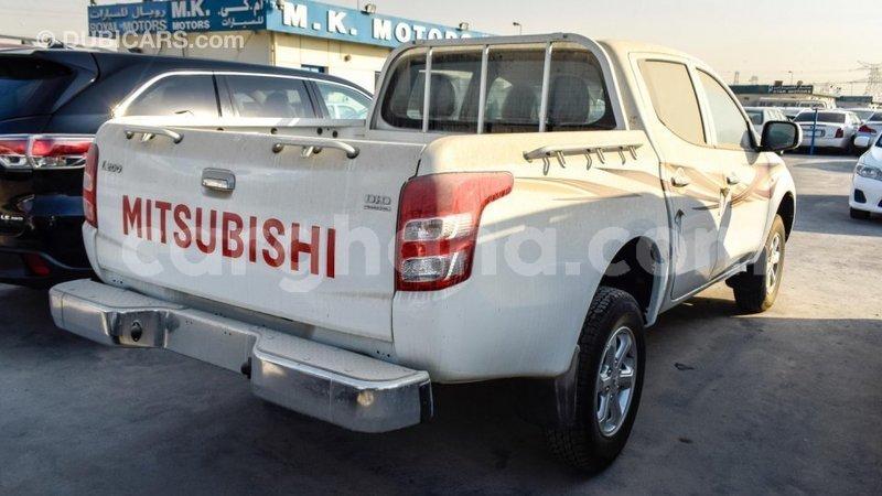 Big with watermark mitsubishi l200 ashanti import dubai 6790