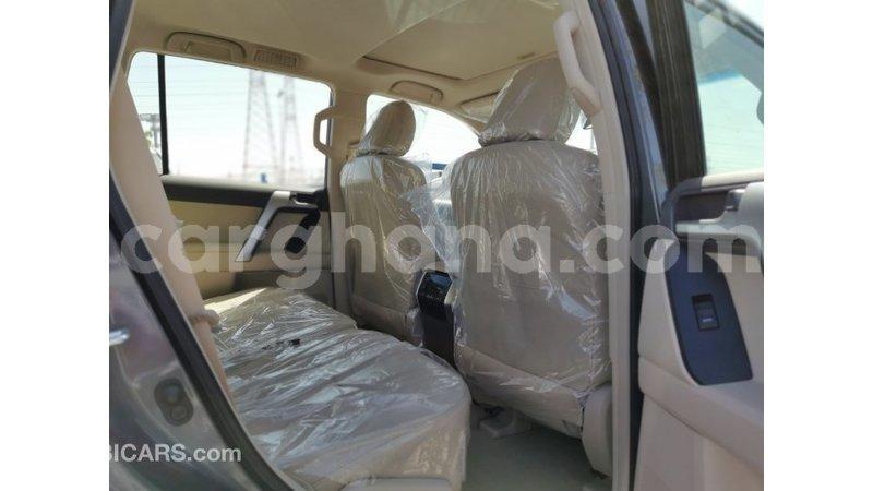 Big with watermark toyota prado ashanti import dubai 33101