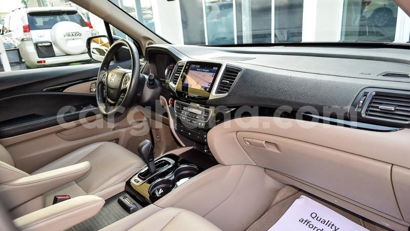 Big with watermark honda pilot ashanti import dubai 8760