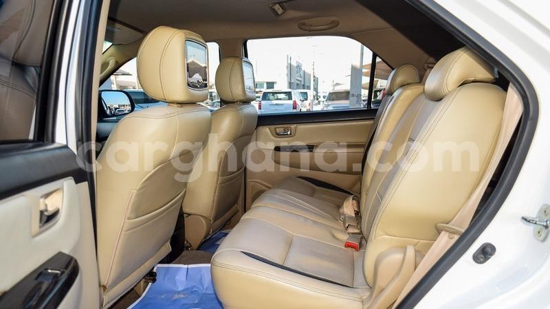 Big with watermark toyota fortuner ashanti import dubai 8765
