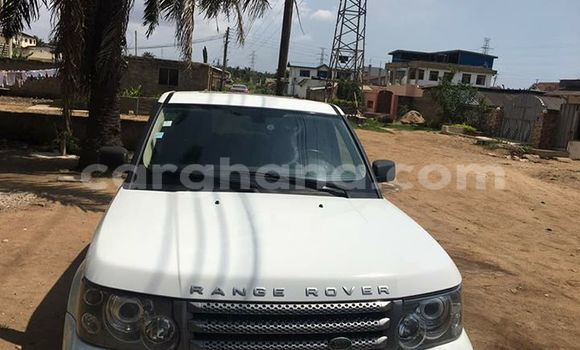 Buy Used Land Rover Range Rover White Car in Akim Swedru in Eastern