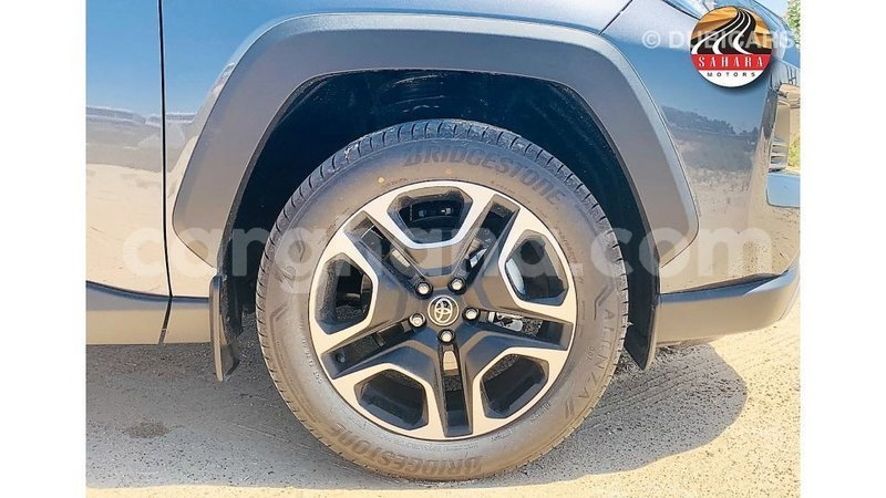 Big with watermark toyota 4runner ashanti import dubai 8949