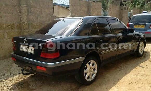 Buy Used Mercedes Benz C-Class Black Car in Akim Swedru in Eastern