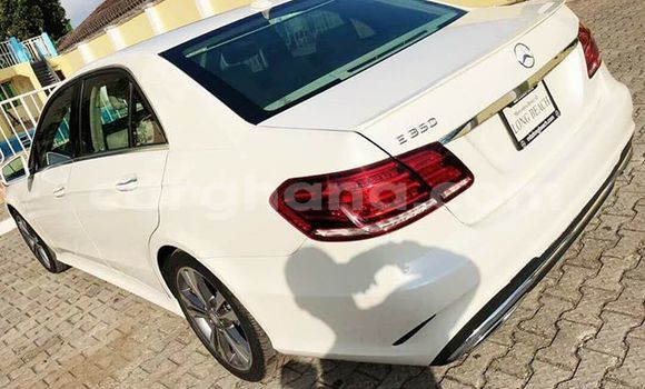 Buy Used Mercedes Benz E–Class White Car in Akim Swedru in Eastern