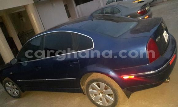 Buy Used Volkswagen Passat Blue Car in Akim Swedru in Eastern