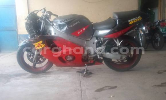 Buy Used Suzuki GSRX 600 Red Moto in Koforidua in Eastern