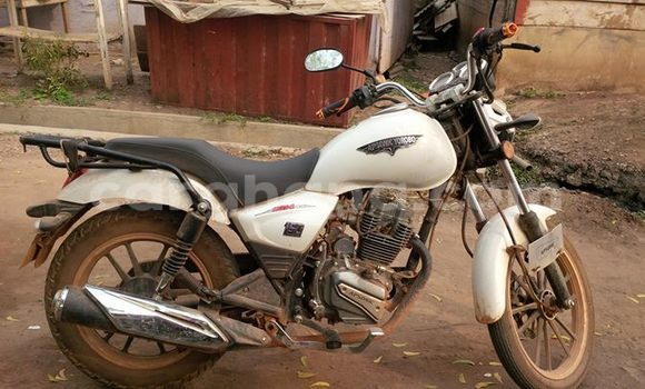 Buy Used Apsonic Yorobo 150 White Moto in Accra in Greater Accra