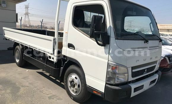 Buy Used Mitsubishi Fuso White Truck in Accra in Greater Accra