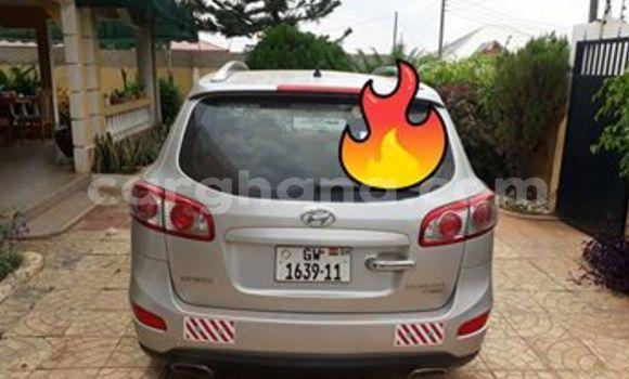 Buy Used Hyundai Santa Fe Silver Car in Tema in Greater Accra